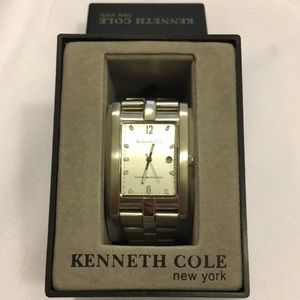Kenneth Cole Linked Watch